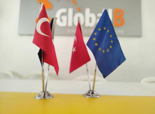 Yabancıların Türk Vatandaşı Olması Kolaylaştırıldı