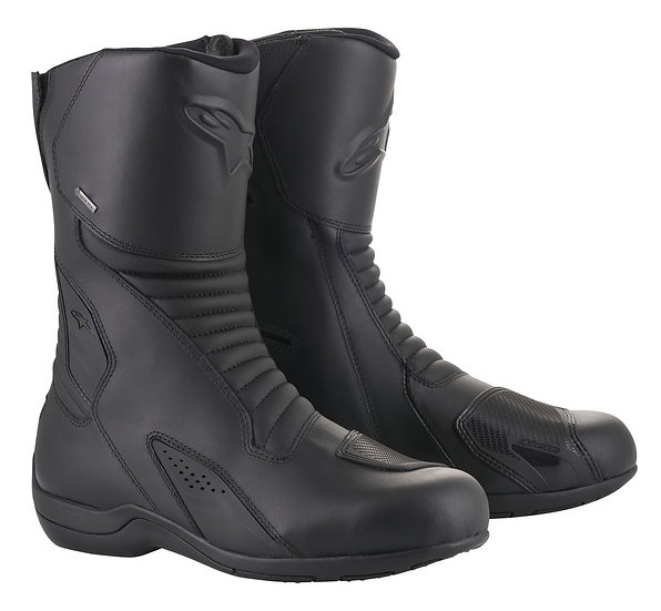 Caracal GTX boots