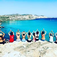 calarossa yoga group.jpg