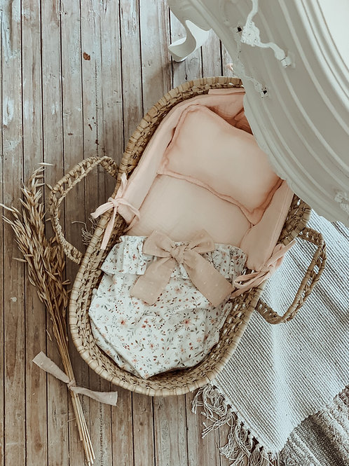 Kaamla Doll Basket Bouquet
