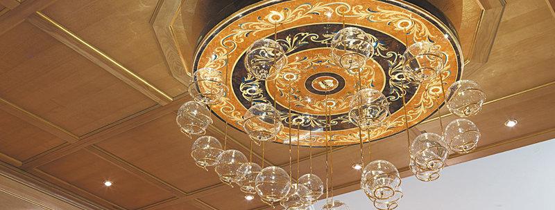 R180 - Lampadario intarsiato - Inlaid chandelier