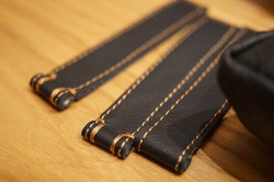 Some straps in leather of MT Travel.