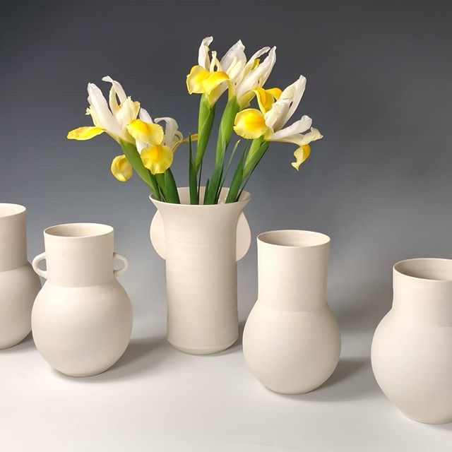 Porcelain vases for spring!_._._._._._