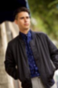 Omar Mora403 72dpi.jpg