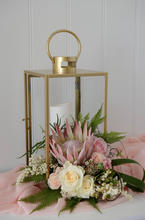 Table arrangement Protea 2.jpg