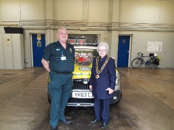Dereham Mayor with Paramedic