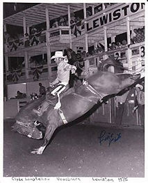 Clyde riding at Lewiston.jpg
