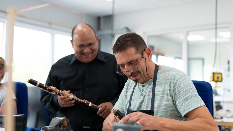 Ricardo Morales und Klarinettenbauer Jörg Thümmler