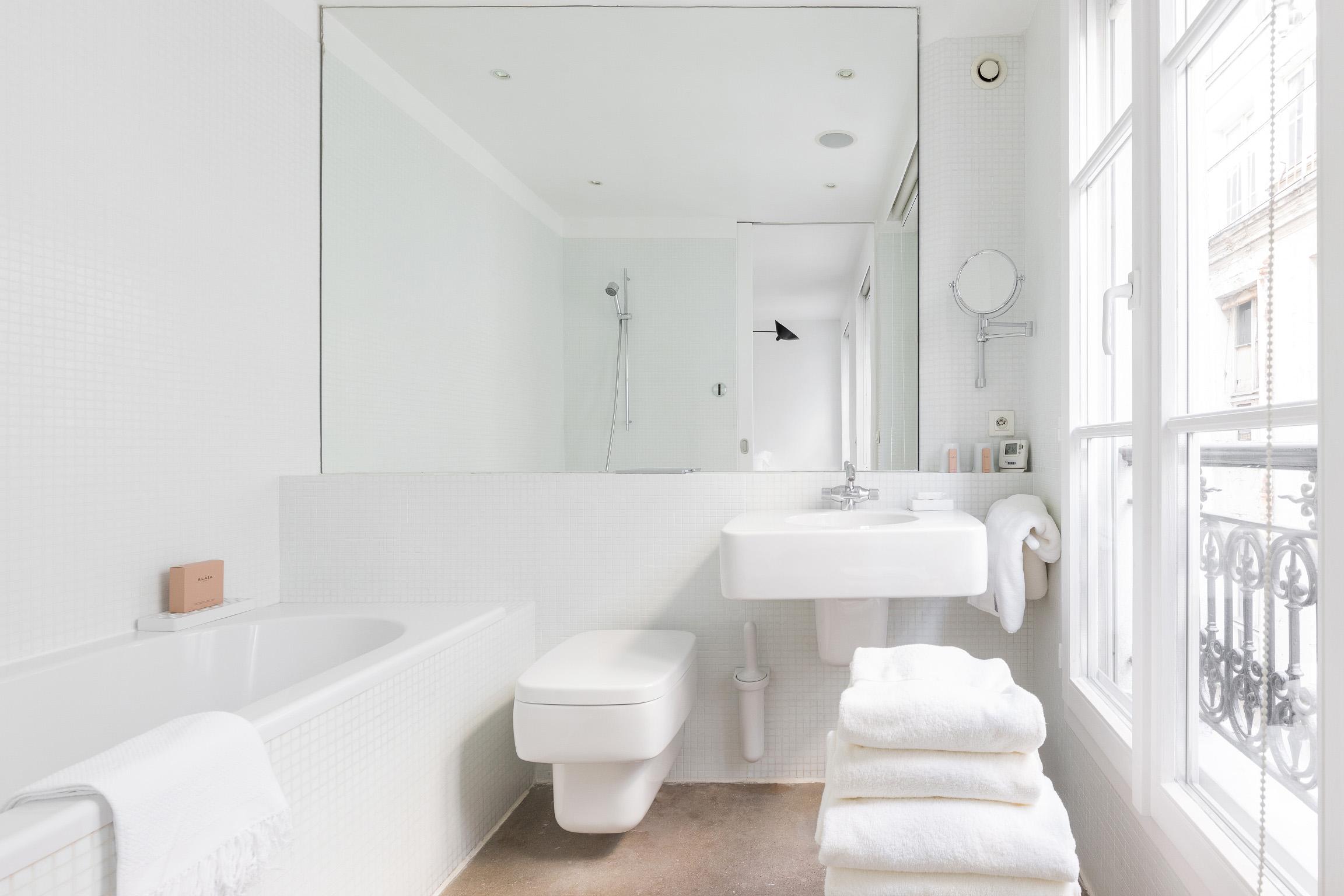 Salle de bain designée Marc Newson