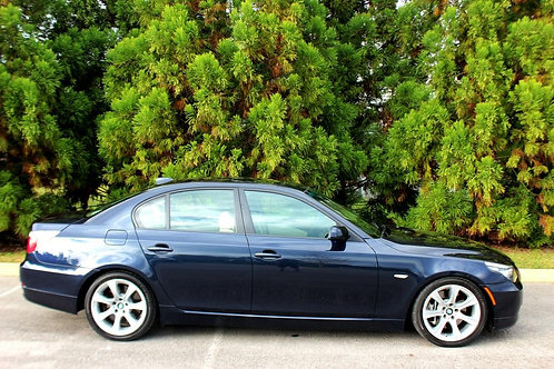2008 BMW 5 Series 535i-Fully Service!