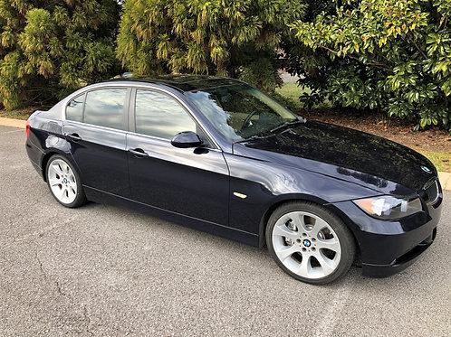 E90 BMW 335i Twin Turbo