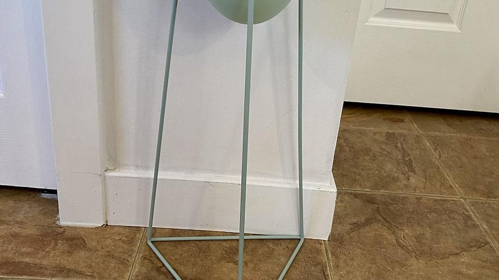 Kelly Plant Stand Large