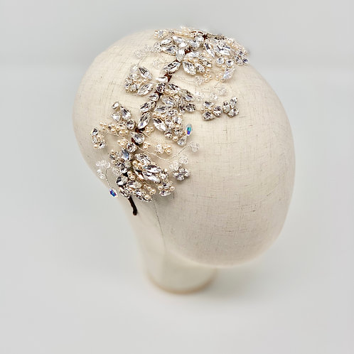 mannequin head top view crystal and pearl bridal headdress