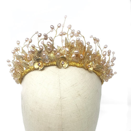 mannequin head gold and pink wedding tiara