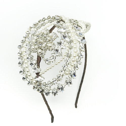 white background large diamond crystal and pearl wedding headdress
