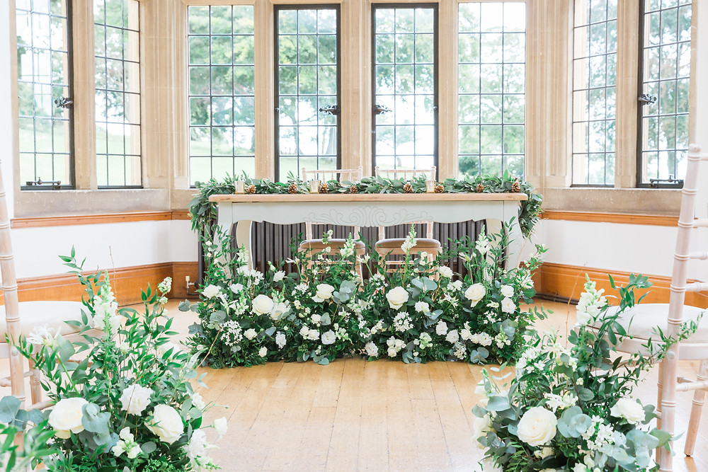 wedding flowers at Coombe Lodge Bristol