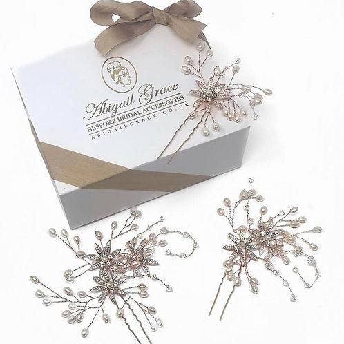 gift box with three wedding hair pins