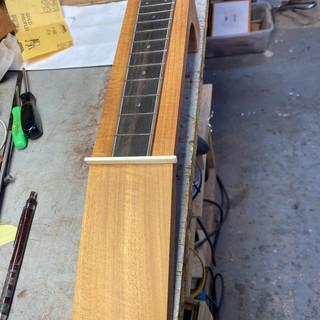 Fingerboard fretted