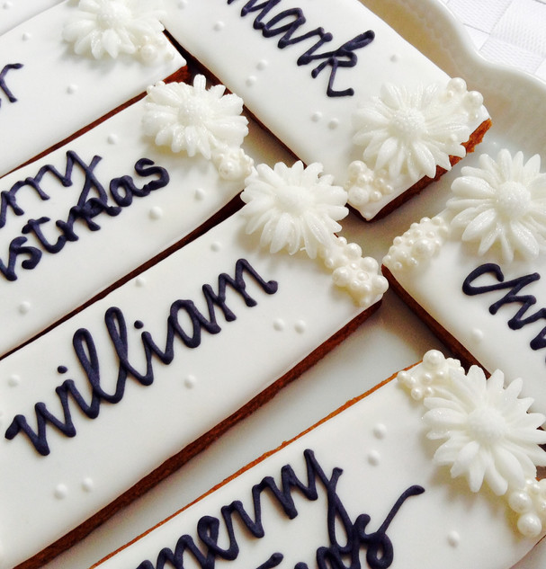 Festive edible name card biscuits