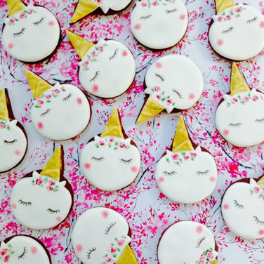 Unicorn iced biscuits for Grace