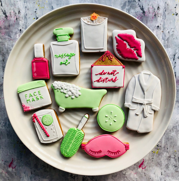 Spa day iced biscuits ...