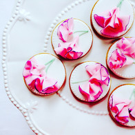 Sweetpea iced biscuits