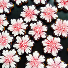 Pretty pink flower iced biscuits