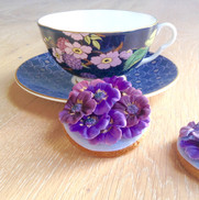Perfect purple flower iced biscuits