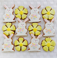 Bouquet bunnnies and yellow flower iced biscuits
