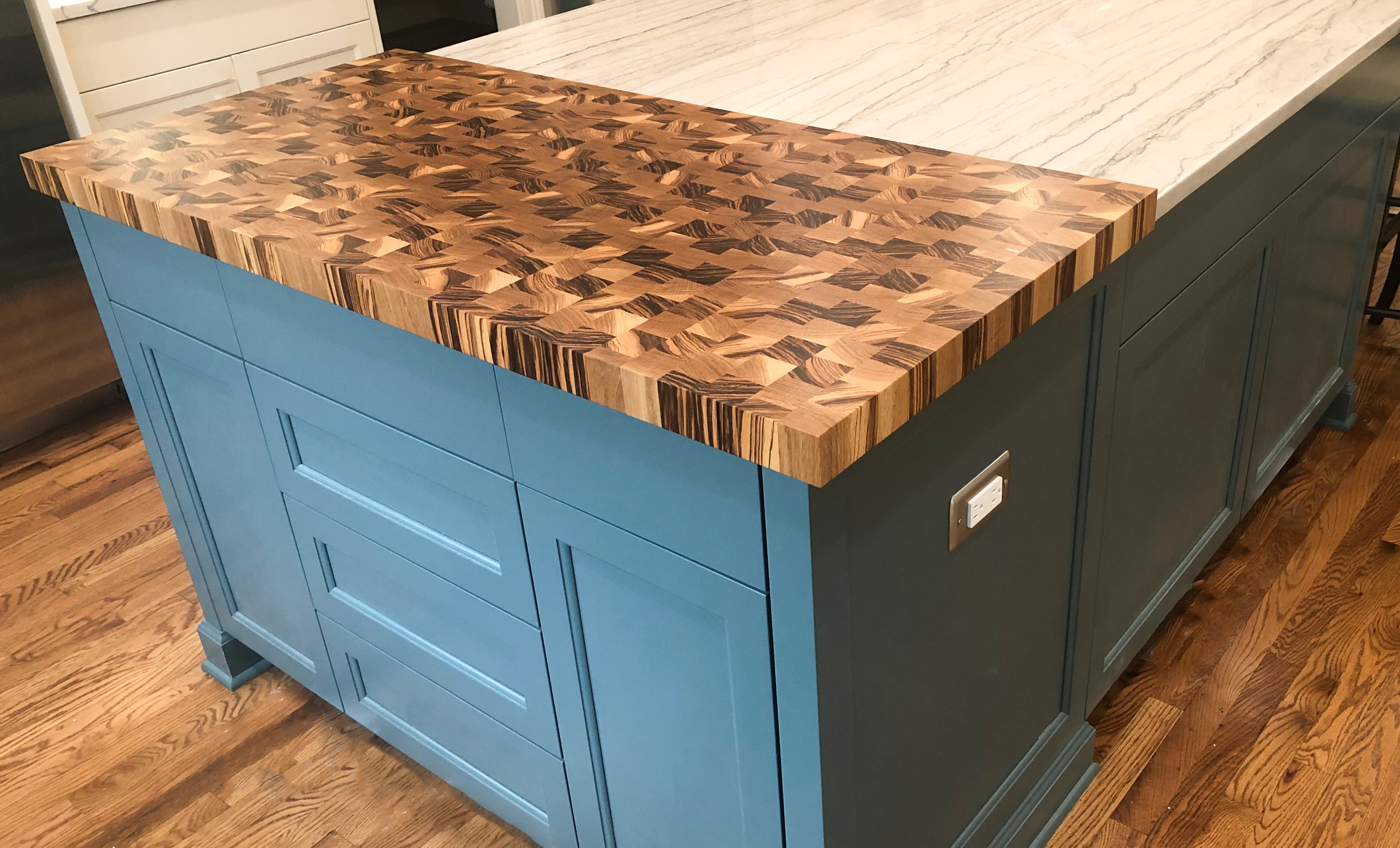Edge Grain Zebra & White Oak Island Addition