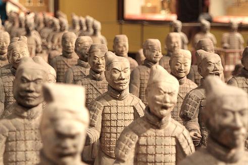 中國戰士雕像