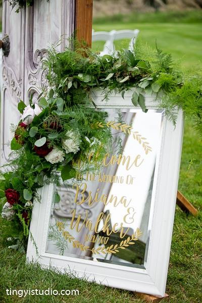 Garland over a Mirror Ceremony at Perona Farms