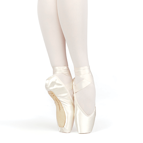 Russian Pointe Brava V-Cut