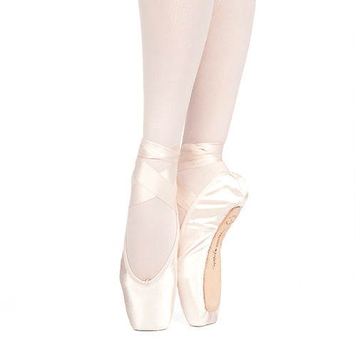 Russian Pointe Muse