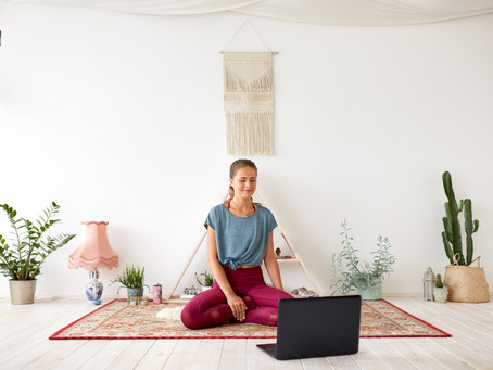 5 Essentials For Your Home Yoga Studio (or Bedroom)