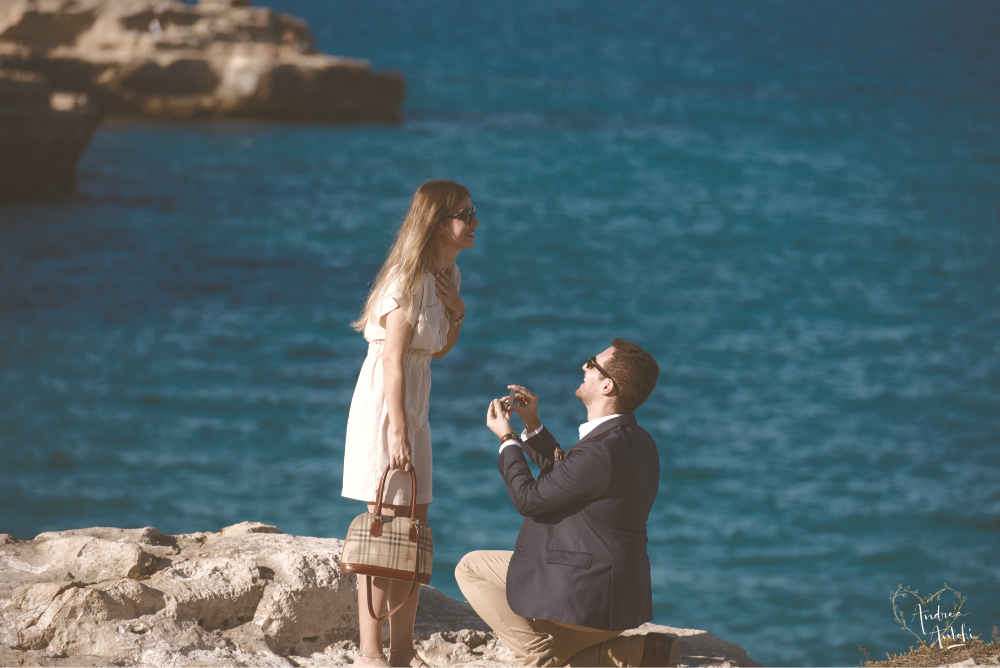 Engagement on the rocks