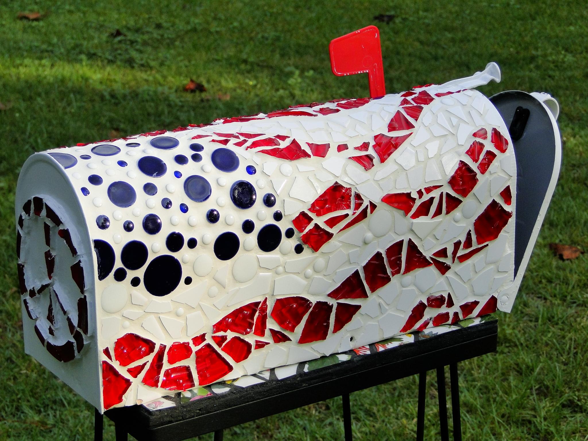 Patriotic Mosaic Mailbox