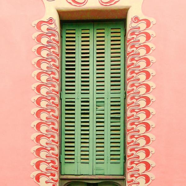 Gaudi Window Barcelona   2016