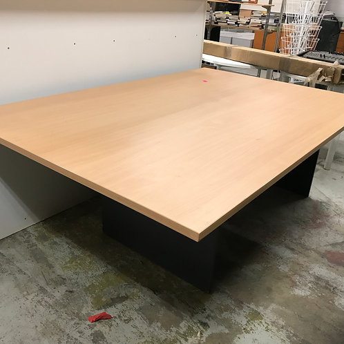 Large Desk / Table