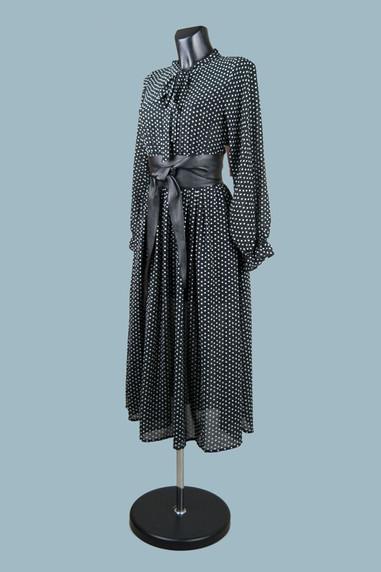 Черное шифоновое платье в горох.jpg