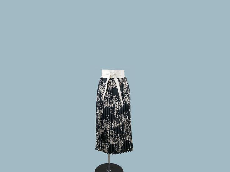 Юбка плиссированная черная с рисунком 23990010