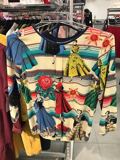 Нарядная блузка молочная с ретро- рисунком