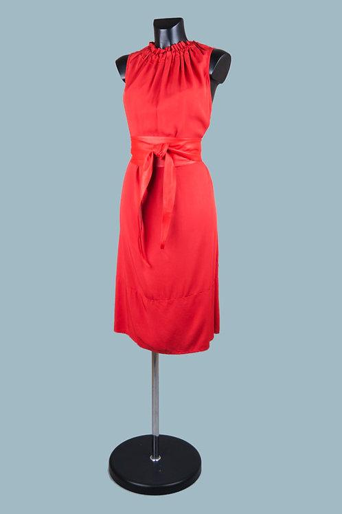Летнее красноеплатье миди. Италия. 100% вискоза. Размер: 48-52