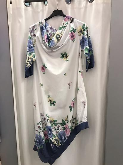 Платье с ассиметричным низом. 22270110