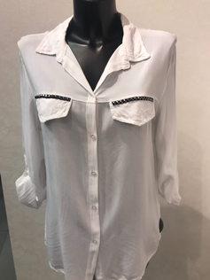 Вискозная блузка с длинными рукавами. Блузка с воротником 1682