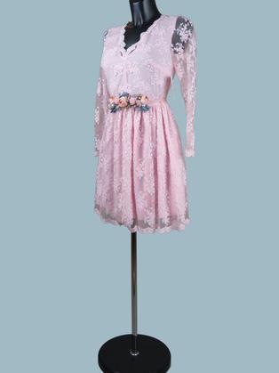 Кружевное платье с пышной юбкой  розовое 145
