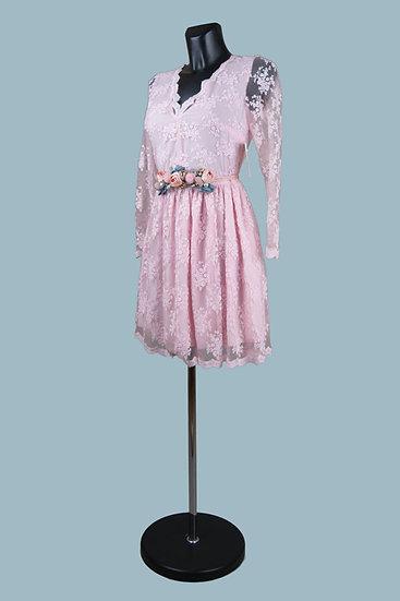 Выпускное вечернее кружевное платье розовое