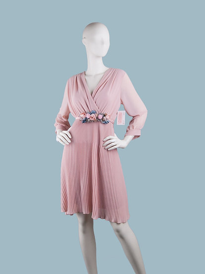 Шифоновое платье миди на подкладке с запахом розовое с гофрированной юбкой и поясом . Италия. Размер: 42-48