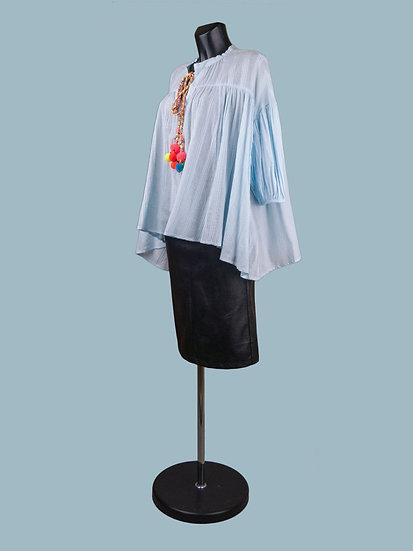 Свободная хлопковая блузка голубая
