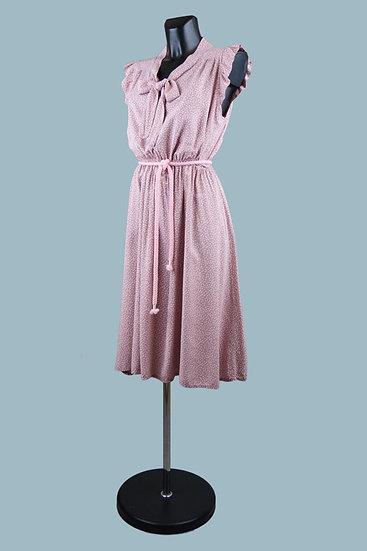 Летнее платье с бантомв мелкий цветочек розовое. Италия. Вискоза. Размер: 42-48